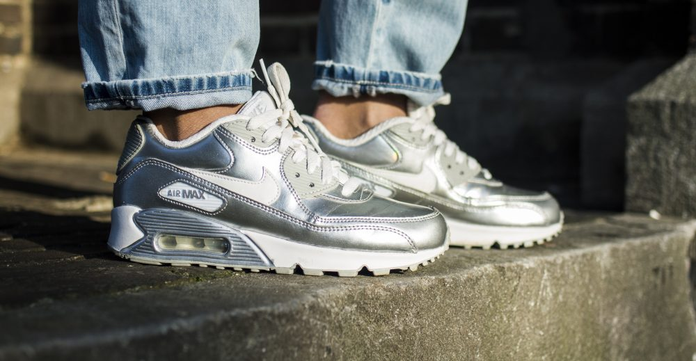 Chelsey – Nike Air Max 90 Silver